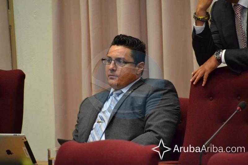 Statenlid Besaril doet aangifte tegen twee Statenleden van de AVP