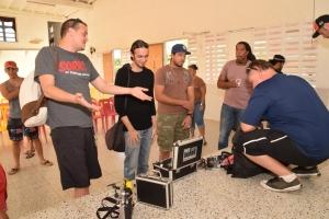 Club Universal cu tayer di careda cu 'drone' pa grandi y chikito