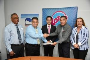 Lotto pa Deporte a firma acuerdo cu Tele Aruba