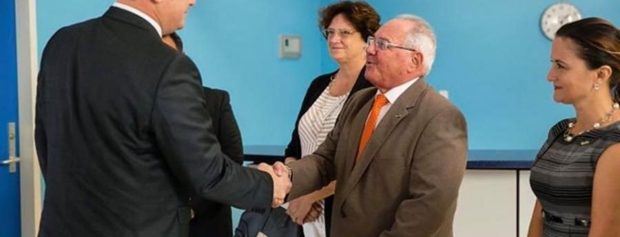 Gobernador Boekhoudt a inicia ronda di bishita