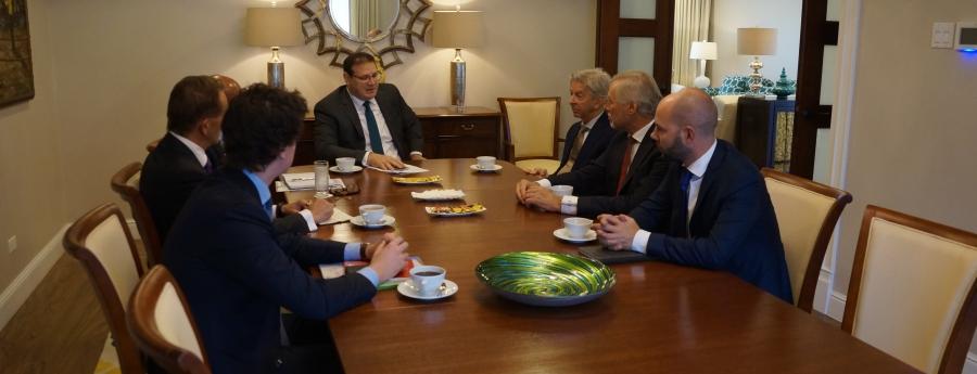 Gobernador Boekhoudt a reuni cu minister Ronald Plasterk