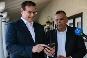 Gobernador Boekhoudt a 'launch' app di noticiacla.com