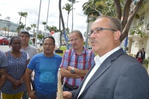 Trahadonan InselAir Aruba a bay reuni cu minister de Meza