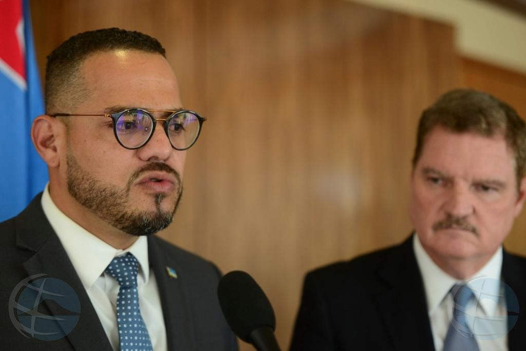 Nos Staatsregeling no conoce minister riba 'non-actief'