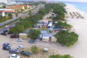 Beachnan bon bishita weekend di Pasco Grandi na Aruba