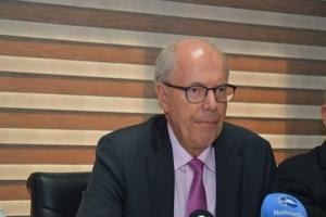 Bakker: Cifra publica ta exclusivamente di ministerio di finanza mes
