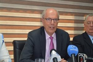 CAft: A sugeri independisa AZV pero ta un desicion di gobierno