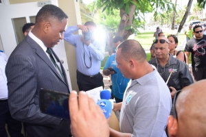 Minister lo sinta cu SPA otro siman riba problemanan di KPA