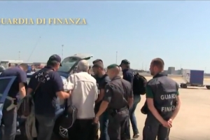 Francesco Corallo di extradicion espectacular, pa huisarrest na Italia