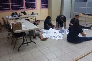 Urnanan electoral a cera y a cuminsa conta voto