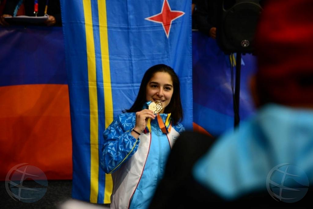 Chaira Petrocchi ta gana oro pa Aruba na Chile!