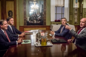 Gabinete Rutte III su integrantenan nobo ta conoci!