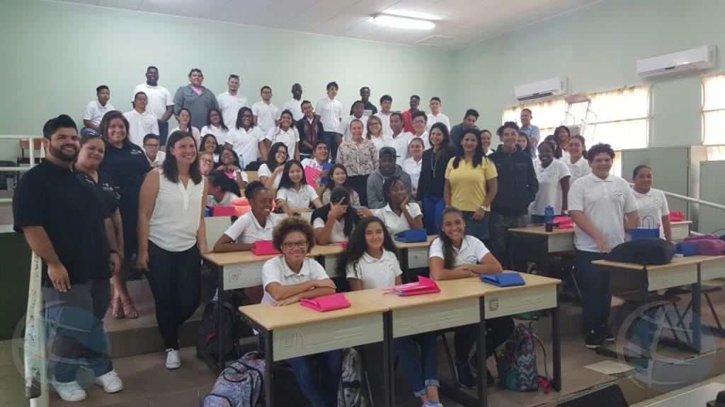 Filomena College ta bishita Atech 2017 pa siña di tecnologia y innovacion