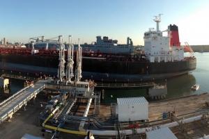 PDVSA prohibi pa almacena petrolio na Statia debi na debe miyonario