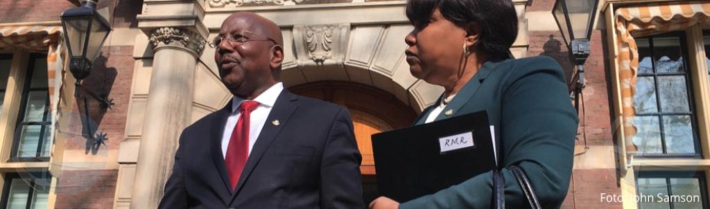 Parlamento di St Maarten a manda prome minister Marlin cas!