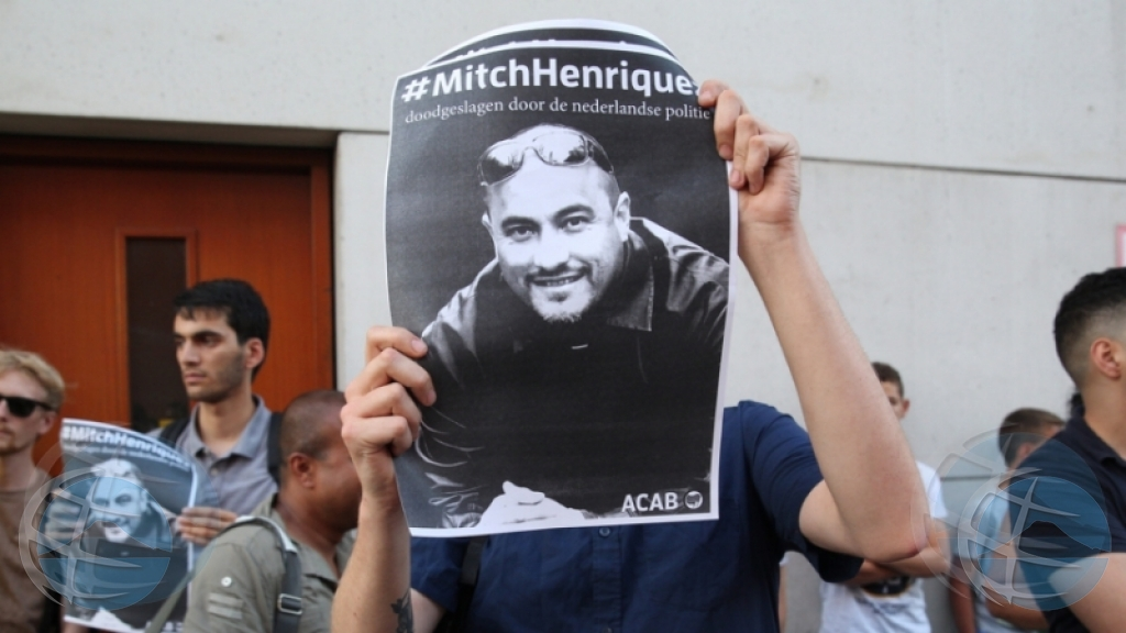 Mitch Henriquez a grita cu e tin arma, segun polis den corte
