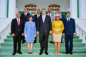 Aruba's first ever female Prime Minister and rest of cabinet sworn in