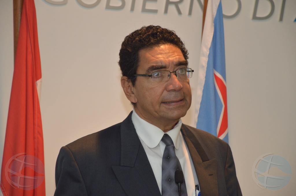 Lampe: Na januari ta implementa plan multiligual pa tur scol na Aruba