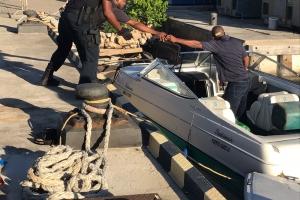 Warda Costa na Corsou a detene varios hende y confisca varios arma