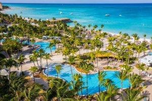 Caribbean Journal: Hilton y Renaissance entre top 5 hotelnan di Aruba