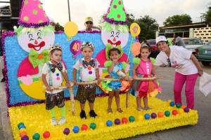Lillyputters Peuterschool cu un parada colorido y anima