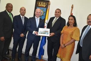 Secretario di estado pa Asuntonan di Reino di bishita na Bonaire