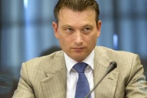 Halbe Zijlstra a anuncia su retiro como minister na Hulanda