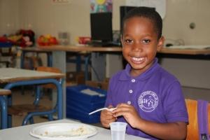Cruz Cora ta extende programa di alimentacion  na St. Maarten