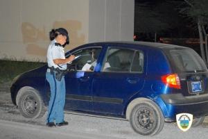 Total di 32 chauffeur a keda sin auto diahuebs despues di control