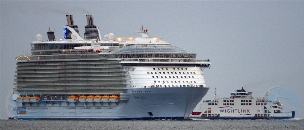 Casi 300 pasahero malo riba bapor crucero di Royal Caribbean den Caribe