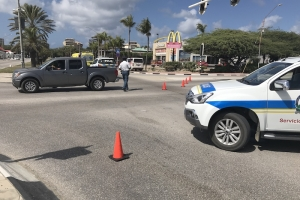 Accidente di trafico na cruzada di Wendys Palm Beach pa falta di preferencia