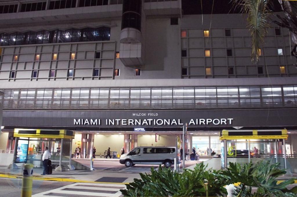 Miami International Aiport tin cu cera un di su terminalnan weekend