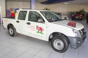 Garage Centraal Aruba a haci donacion di un pickup na Donkey Sanctuary Aruba