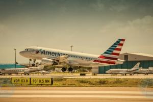 Pasahero ta demanda aeroliña pa abuso durante buelo di Aruba pa Merca