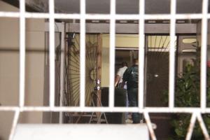 Ciudadano ataca y hinca den su propio cas den marduga