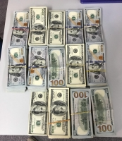 Afpakteam a intercepta 130 mil dollar na aeropuerto