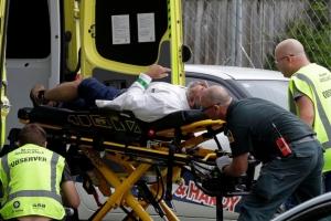 Tiroteo na dos Moskee na Nueva Zelanda ta laga 49 hende morto