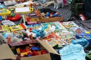 Charity Bazaar na Cruz Cora dialuna awor y mercado di y pa mucha