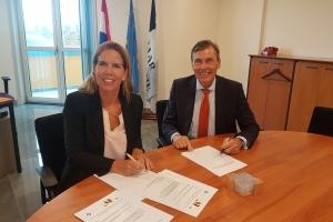 Convenant entre Ministerio Publico y Universidad di Aruba tocante stagiaires