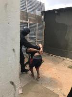Razia den Avenida Alo a produci 15 detencion pa droga