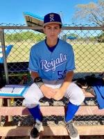 Ethan de Cuba oficialmente a acepta oferta di Kansas City Royals