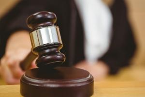 Homber absolvi di dos caso di abuso di menor