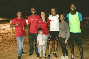 Garage Cordia a sostene coredonan den Ronde van Aruba