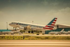 Oduber: American Airlines cu buelo nobo pa Aruba for di New York