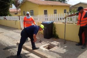 Problema di tubo kibra na Pos Chiquito tin atencion di autoridadnan competente