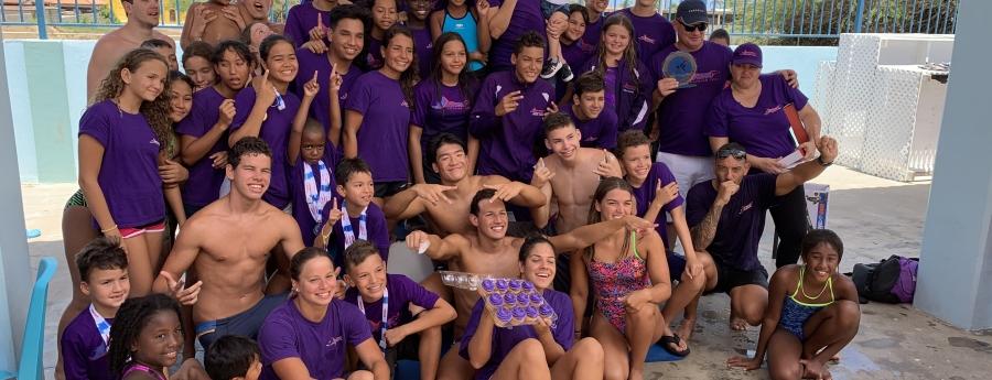 Stingray Swimming Team ta gana Campeonato Nacional Arubano