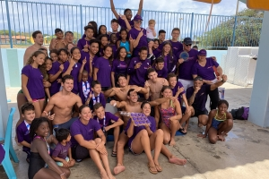 Stingray Swimming Team ta gana Campeonato Nacional Arubano