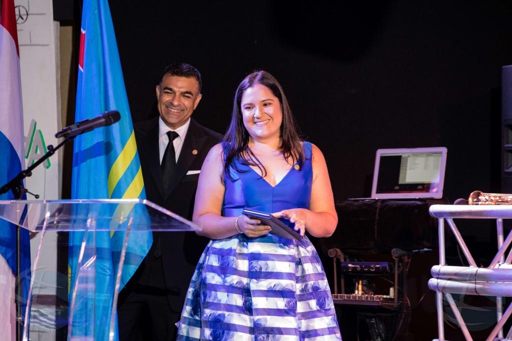 América Daryanani-Barrios: Prome presidente femenino di Rotary Club of Aruba