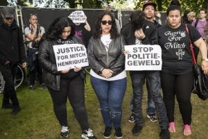 Polis absolvi y otro sentencia den caso Mitch Henriquez