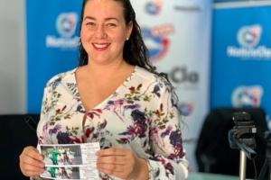 Ganadora a busca su carchi gana den programa NoticiaCla LIVE